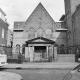 De bekladde synagoge aan de Springweg in Utrecht.