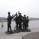 Het in Zaandam geplaatste, door Truus Menger gemaakte beeldje over de Februaristaking